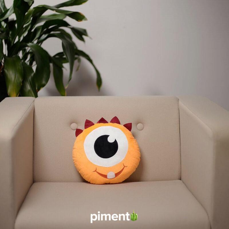 Almofada 3D Monstro Laranja