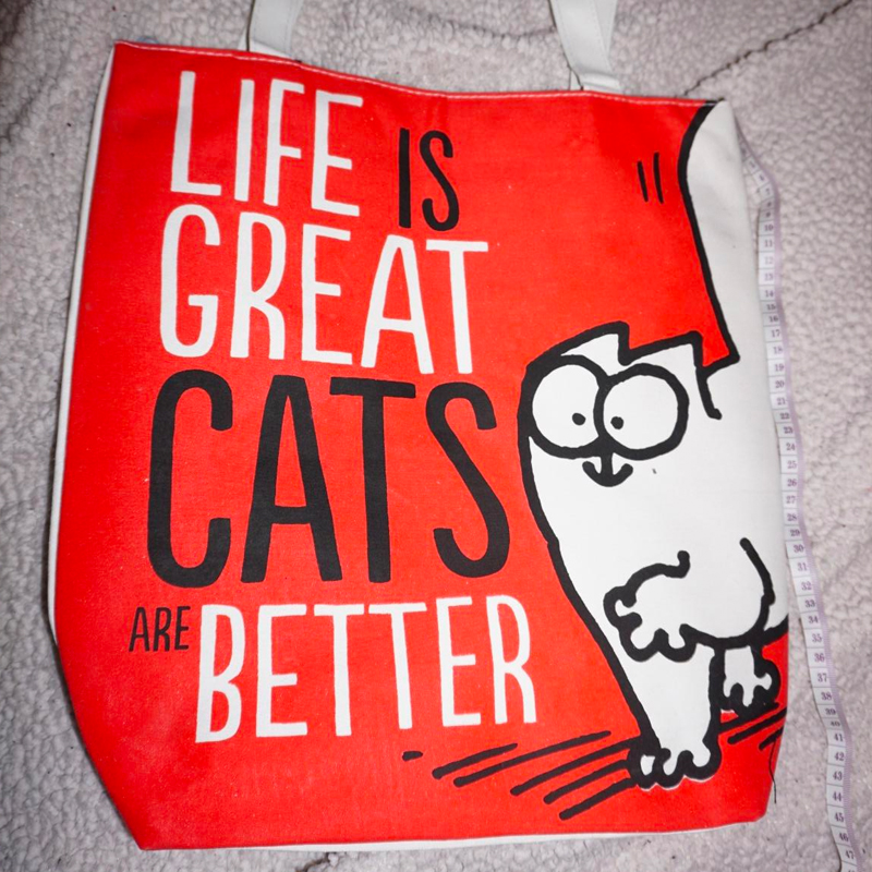 """Saco com fecho e forro """"Life is Great Cats Are Better"""""""